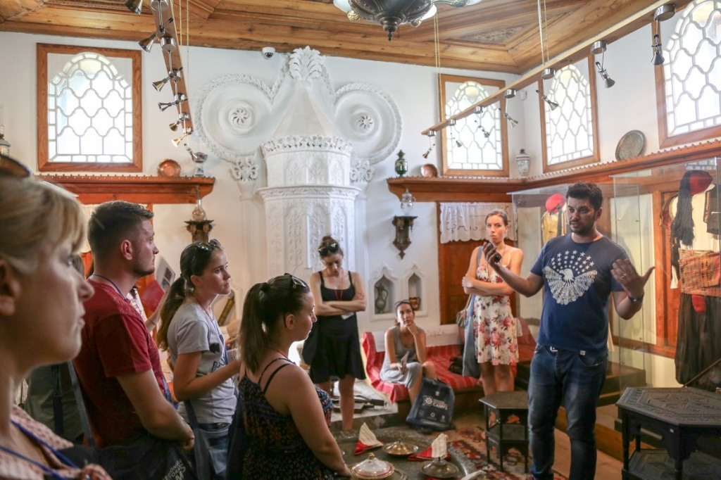 2_Visiting-Historical-Museum-of-Shkodra-with-Fatmir-Juka