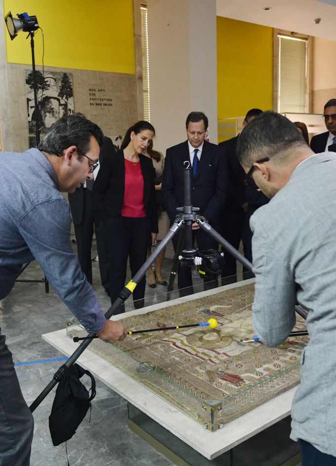 Empowering museums through technology