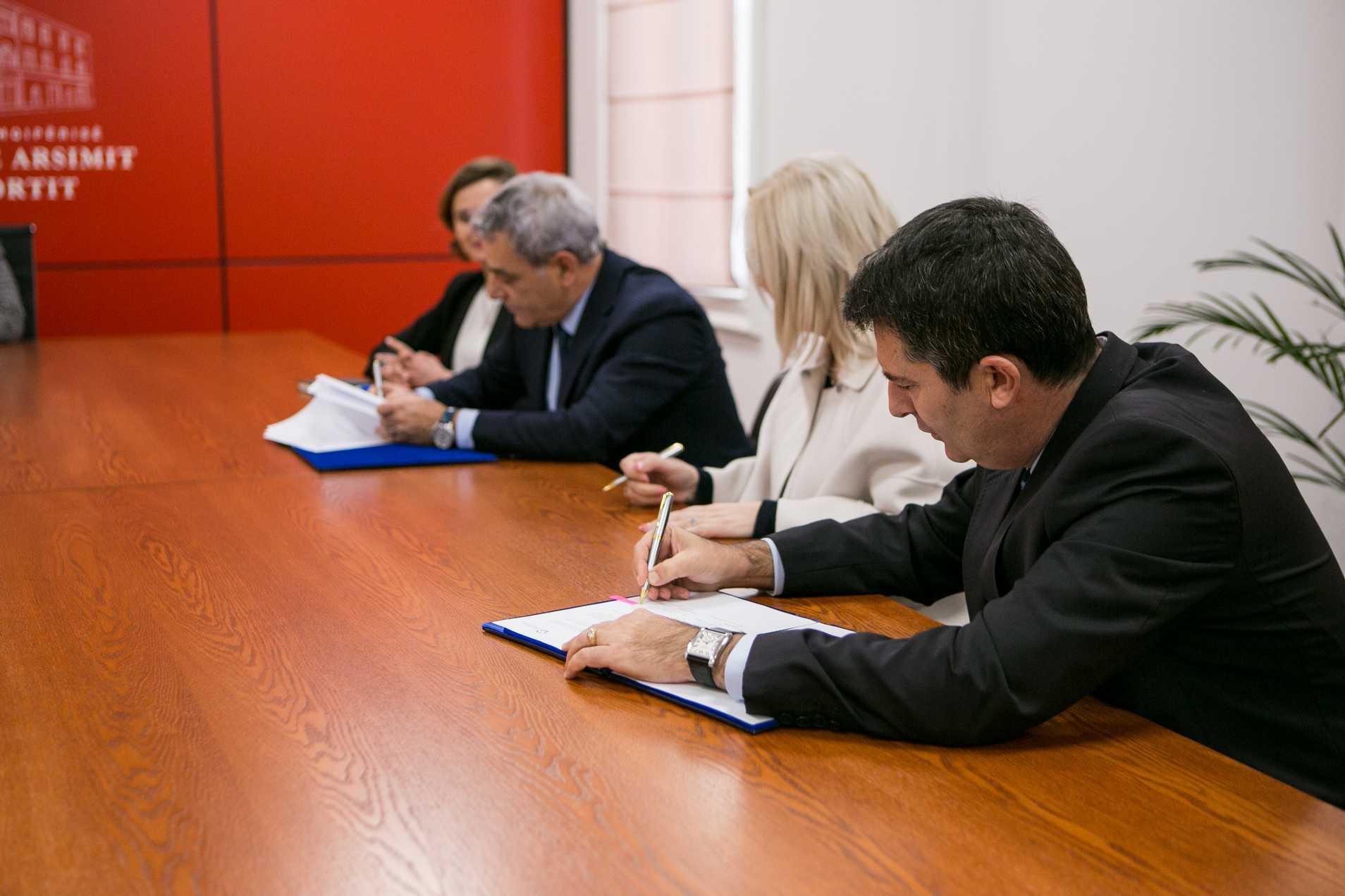 Signing of Memorandum of Understanding for establishment of the Center for Education Leadership, Albania
