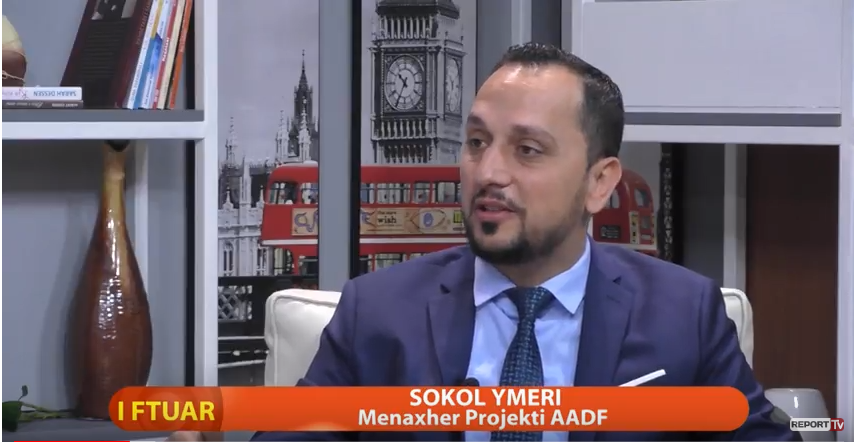 """AADF presents the publication of the book """"Entrepreneurship"""" in Albanian (via Report TV)"""